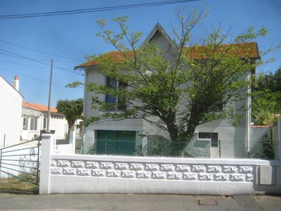 Photo for House 3 bedrooms, south and north gardens between sea and city center