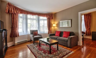 Wow!  Perfect Apartment Suites Central to Walk and Enjoy Tourist Attractions
