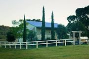 Milford Country Cottages Farmstay