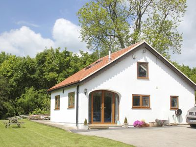 Photo for Peaceful country getaway near York & Castle Howard, Pet Friendly, Free Wifi