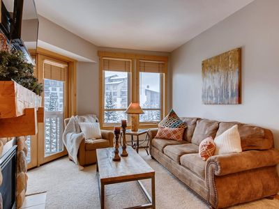 Photo for 2 min walk to lifts, Copper Mtn Center Village Getaway!