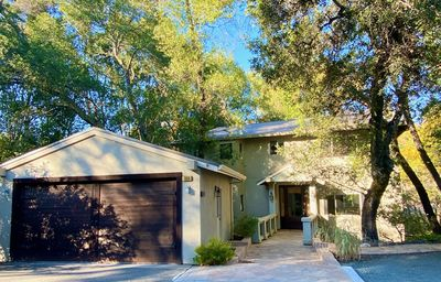 Photo for Sonoma Valley, Glen Ellen Secluded Wine Country Sophistication,  New Gas Grill
