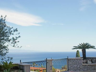 Photo for Sicilian-style house with large terrace and sea view