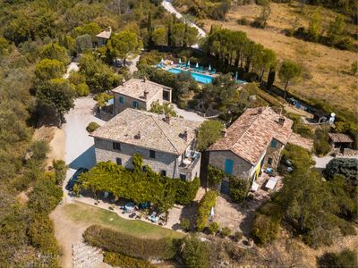Photo for Beautifully presented resort style villa with pool, extensive manicured gardens