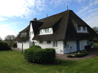 Photo for Perfectly situated house part under thatch