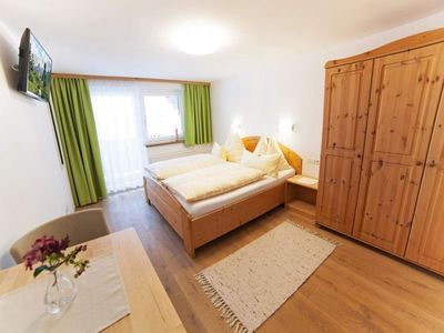 Photo for Double room with balcony, shower / bath / WC - Landhaus Vierthaler