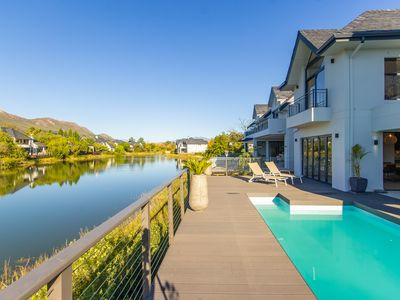 Photo for Exquisite new Pool House on Pearl Valley Golf Estate - secure and exclusive