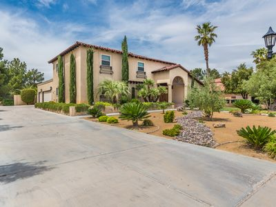 Photo for 7  mins from Strip-1/2 Acre Custom Home 4,000 sq in Million Dollars Neighborhood