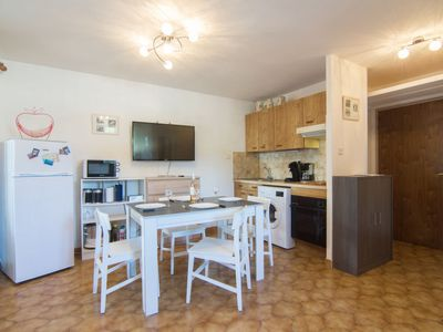 Photo for Apartment Les Régatiers in Hyères - 4 persons, 1 bedrooms