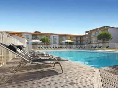 Photo for One bedroom Apartment, sleeps 4 in La Genilliere with Pool and Air Con