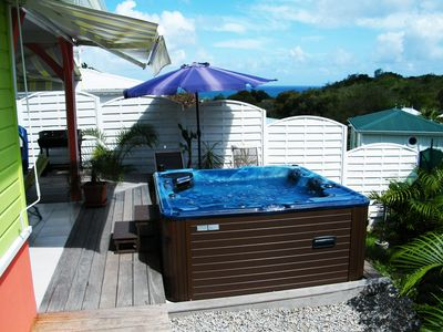 Photo for Bungalow with jacuzzi (MQDI27)