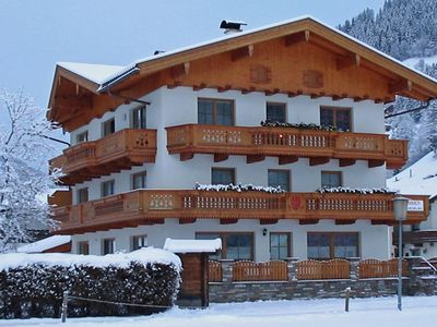 Photo for A spacious holiday home only a stones throw from the ski-lift.