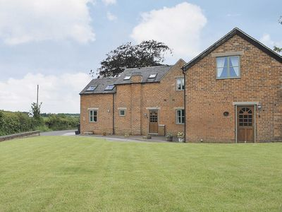 Photo for 3 bedroom accommodation in Thorpe, near Ashbourne