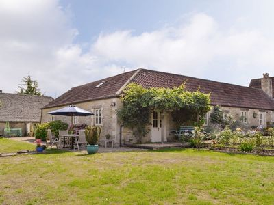 Photo for 2 bedroom accommodation in Tarlton, Cirencester