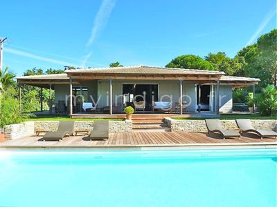 Photo for Villa pool and jaccuzi in the heart of the Gulf of Saint-Tropez