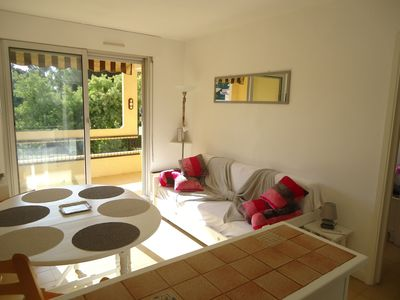 Photo for St Raphael Boulouris Pleasant T2 furnished quiet gated beach 3 min