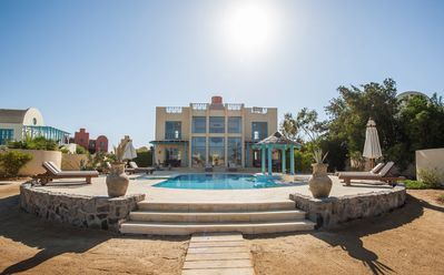 Photo for Stunning Golf Villa in El Gouna with Heated Pool