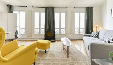 Photo for Beautiful apartment close to the Georges Pompidou Centre