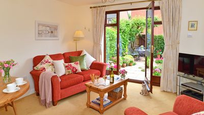 Photo for 5 Star cottage in a superb peaceful location in central Stratford-upon-Avon.