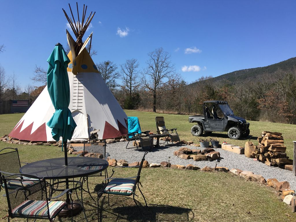 bring your tribe u0026 stay in our 27 foot cust vrbo