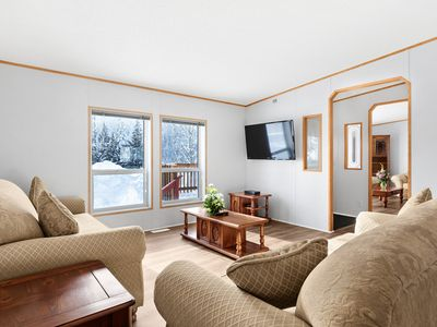 Photo for Spacious Three Bedroom House with Scenic Mountain View