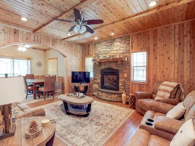 Photo for Modern condo by skiing and lake w/ well-equipped kitchen & entertainment