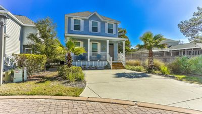 Photo for Gorgeous Beach Cottage Close to Beach & 30A Bike Paths