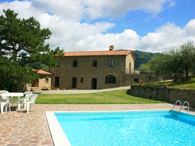 Photo for 4 bedroom Villa, sleeps 10 in Torreone with Pool and WiFi