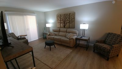 Photo for Beautiful 1 Bedroom Fully Remodeled Condo Close to POOL!