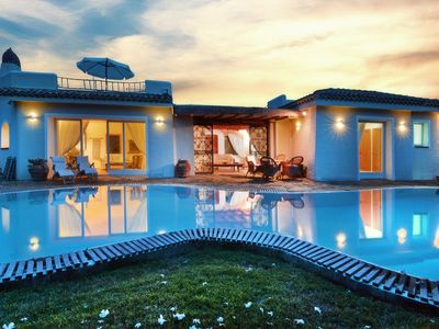Photo for Stunning Villa for 12 people with private pool, only 400mt from sandy beach