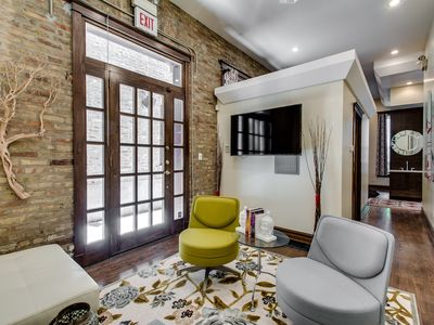Photo for Chicago Studio Suite- Walk to Wicker Park & Train!