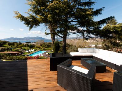 Photo for Porticcio centre: sea view villa, heated pool