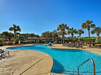 Photo for Myrtle Beach Condo w/ Resort Pools & Beach Access!
