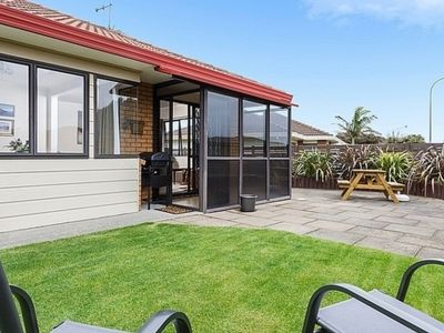 Photo for Cols Comfy Cottage - Mt Maunganui Holiday Home
