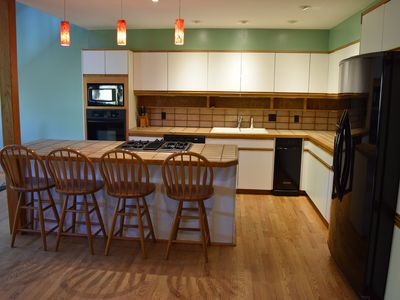 Photo for 5BR/3.5 bath Alta Approach, 5 miles to Snowbird & Alta, new comforters & sheets