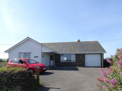 Photo for TWO ACRES, pet friendly, with open fire in Port Isaac, Ref 976312