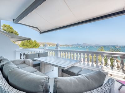 Photo for Fantastic Apartment with Terrace, Seaview, Air Conditioning & Wi-Fi