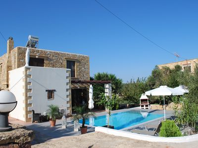 Photo for Charming villa with panoramic sea views, 1,5 km from the beaches, private pool.