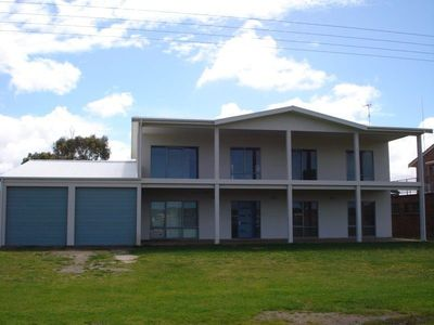 Photo for Tranquil Views - 90 Liverpool Rd Goolwa