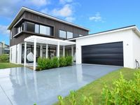 Beautiful, modern property in a lovely, quiet part of Snells Beach
