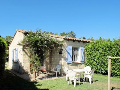 Photo for Beautiful apartment for 2 guests with pool, WIFI, TV, balcony, pets allowed and parking