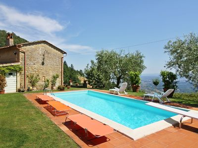 Photo for Indipendent villa with private pool and garden