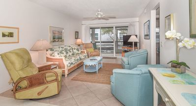 Photo for Sea Woods Veranda, Beautifully Decorated with Florida Style - SV173