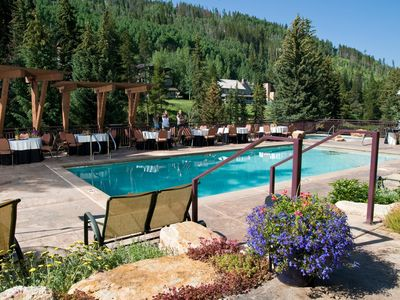 Photo for Spacious + Deluxe | Mountain Suite for 8 with Fireplace, Pool Access