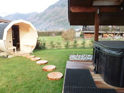 Photo for Renovated chalet at the Mountain jacuzzi-sauna