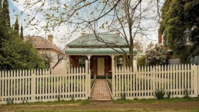 Photo for Two Finch Street Beechworth