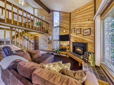 Photo for Gorgeous ski getaway next to the Navajo slopes - great for families!