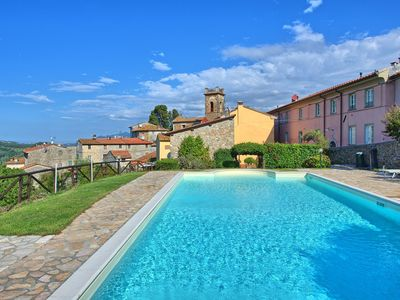 Photo for Lovely apartment for 4 guests with pool, WIFI, TV, panoramic view and parking, close to Viareggio