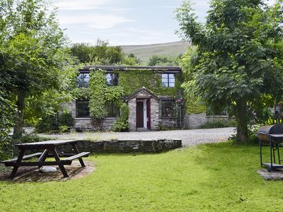 Photo for 6 bedroom accommodation in Pengenffordd, Talgarth, Brecon