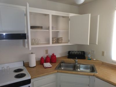 affordable vacation rental, 5 miles to route 66 marina/launch ramp,